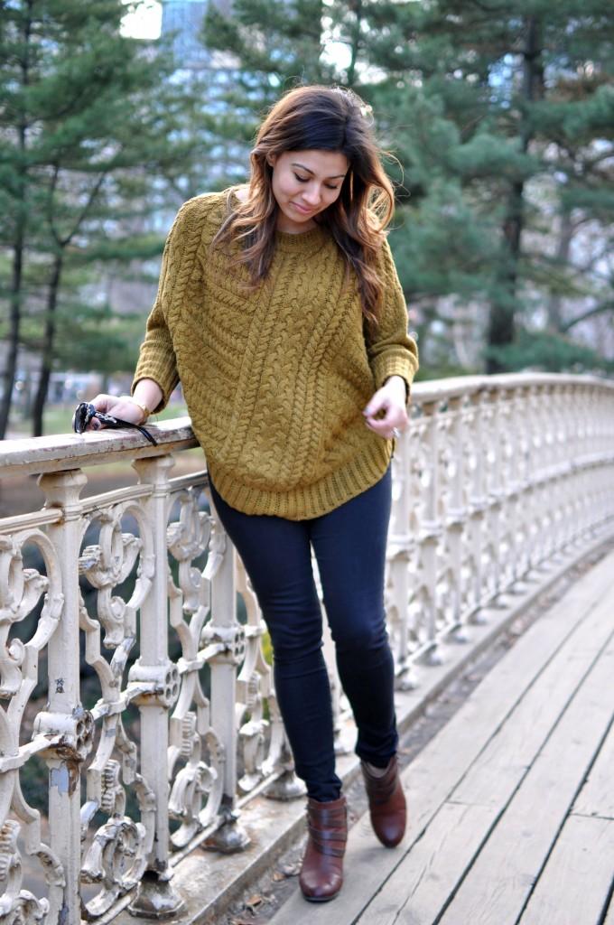 sweater_ebb