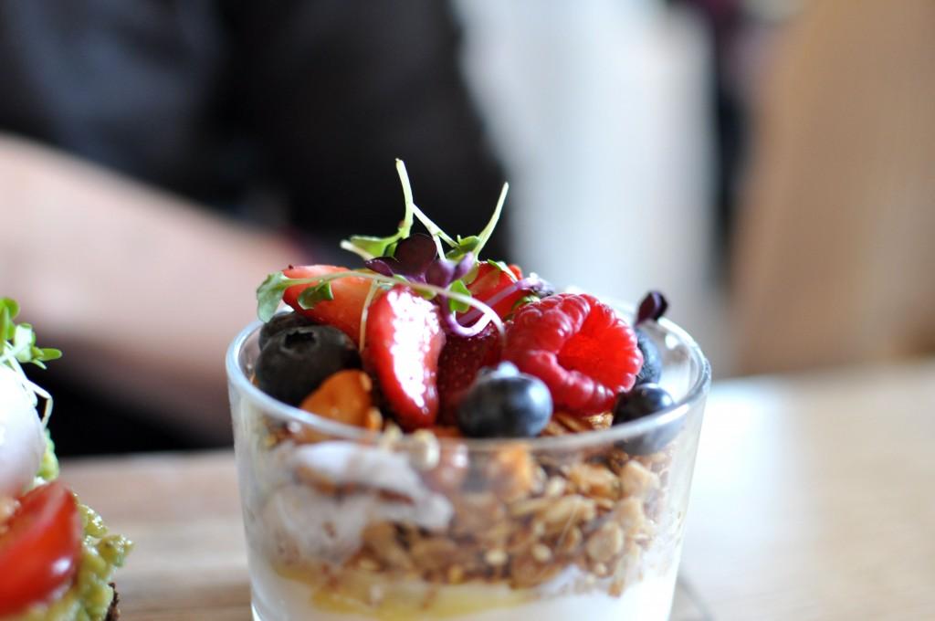 yogurt parfait bluestone lane