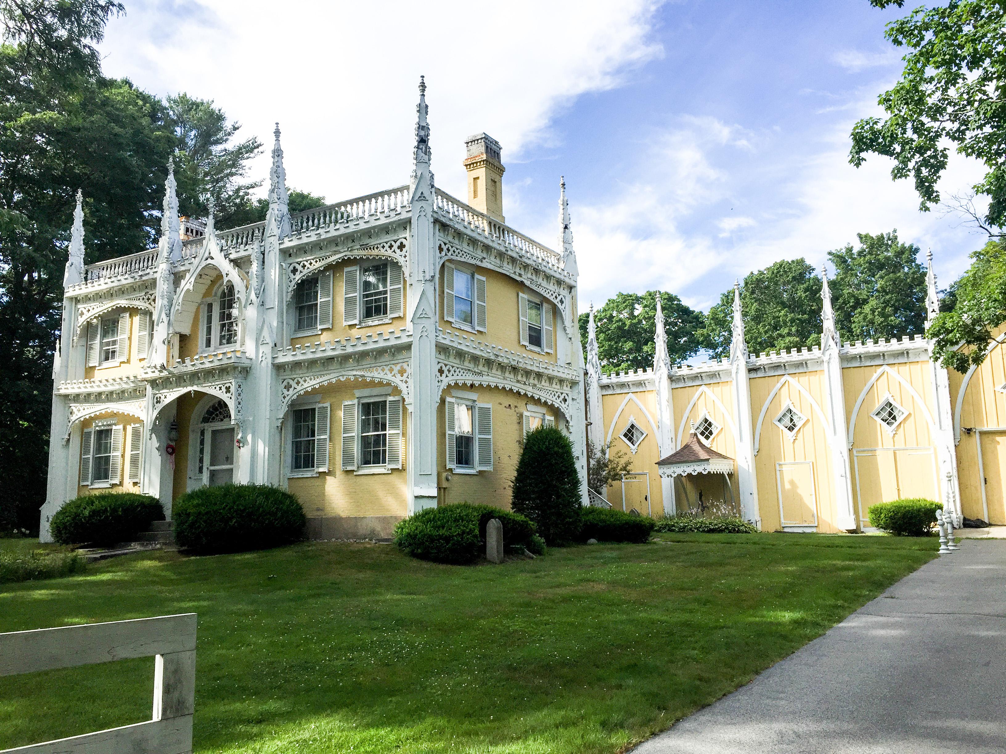 The Wedding Cake House, MAINE
